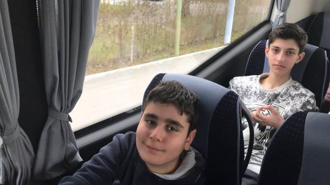 Ab nach Hause: Murat und Assim sind schon auf der Rückreise