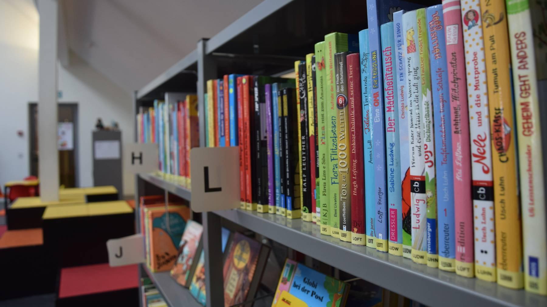 Der Gang in die Bibliothek ist trotz der neuen Massnahmen möglich.