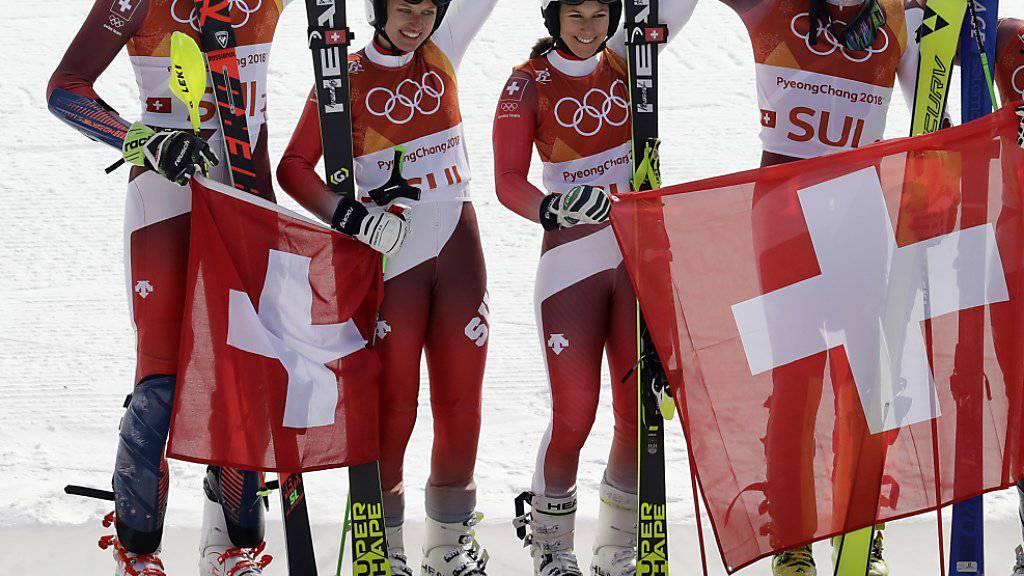 In Pyeongchang jubelte das Swiss-Ski-Sextett zuoberst auf dem Podest