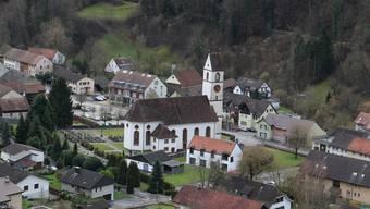 Die Pfarrkirche St.Remigius im Ortsteil Mettau wurde von 1773 bis 1776 im spätbarocken Stil gebaut.
