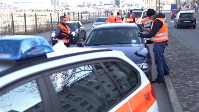Polizei nimmt 21 Raser fest