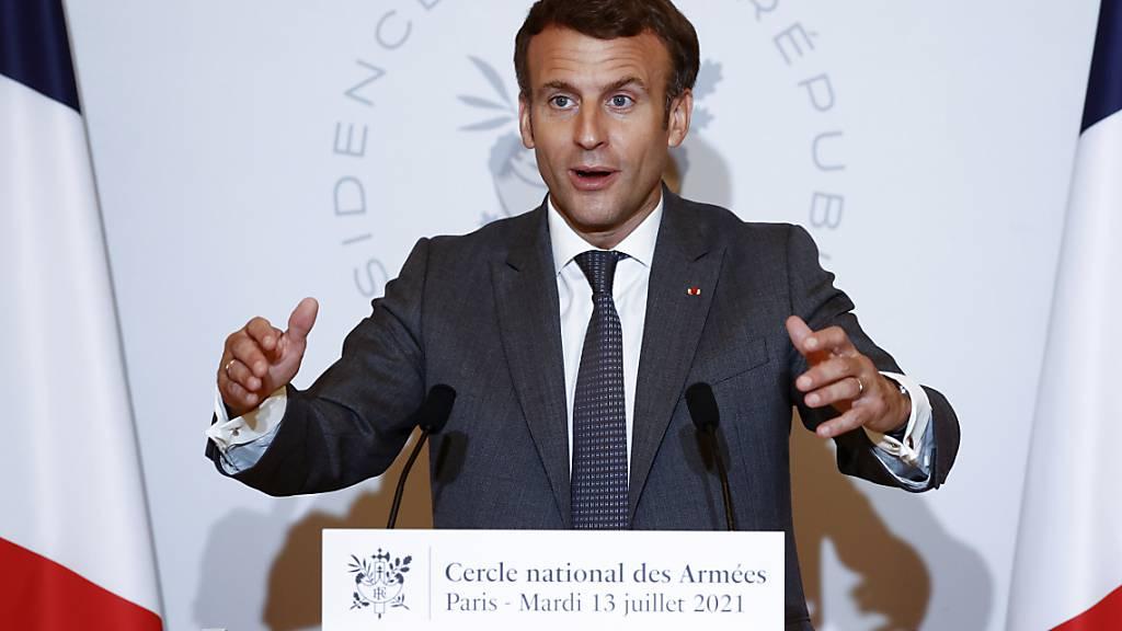 Frankreichs Nationalversammlung stimmt strengeren Corona-Regeln zu