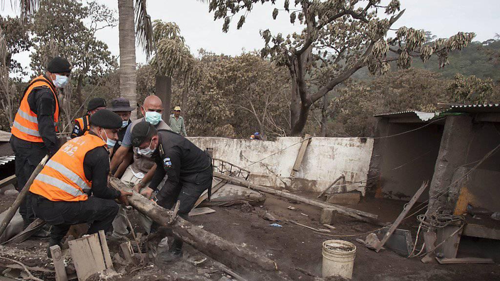 Kritik am Katastrophenschutz in Guatemala: Den Behörden wird vorgeworfen, das Gebiet um den Feuervulkan beim Ausbruch nicht rechtzeitig evakuiert zu haben. (Symbolbild)