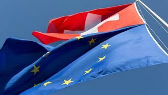 Nicht immer wehen die EU- und die Schweizer Flagge in dieselbe Richtung.