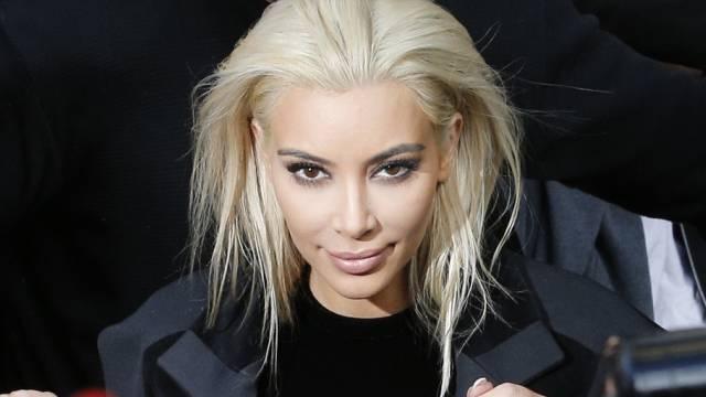 Schon wieder Geschichte: die blonde Kim Kardashian Anfang März