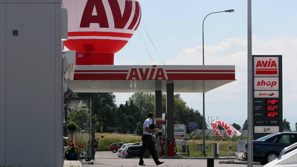 Wegen der Erdölpreissenkung wird Avia von Heizölkäufen überrennt.