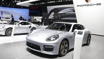 Porsche steckt wegen neuen Abgasregeln in Schwierigkeiten. (Archiv)