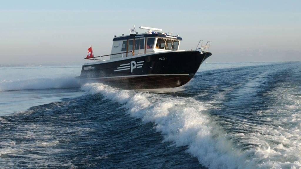 Drei alkoholisierte Männer wurden von der Seepolizei gerettet, nachdem sie mit einem entwendeten Boot vor Berlingen TG gekentert waren (Archivbild).