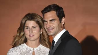 Mirka und Roger Federer kennt in der Schweiz wohl jeder. Doch wie soll man sich verhalten, wenn man plötzlich vor den beiden steht?