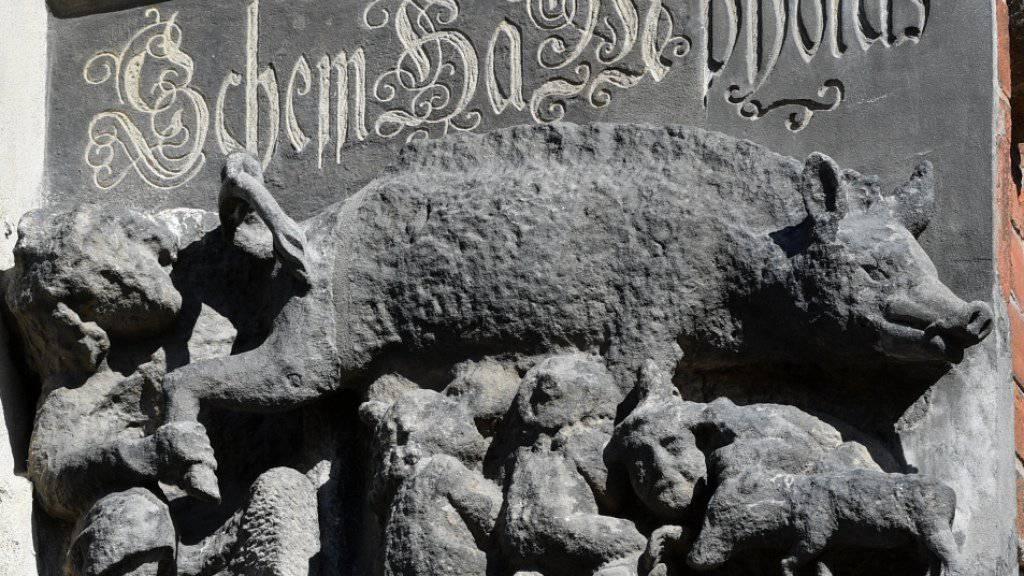 Eine als «Judensau» bezeichnete mittelalterliche Schmähskulptur an der Aussenwand der Stadtkirche Sankt Marien in Wittenberg soll entfernt werden, fordert eine internationale Petition. (Archivbild)