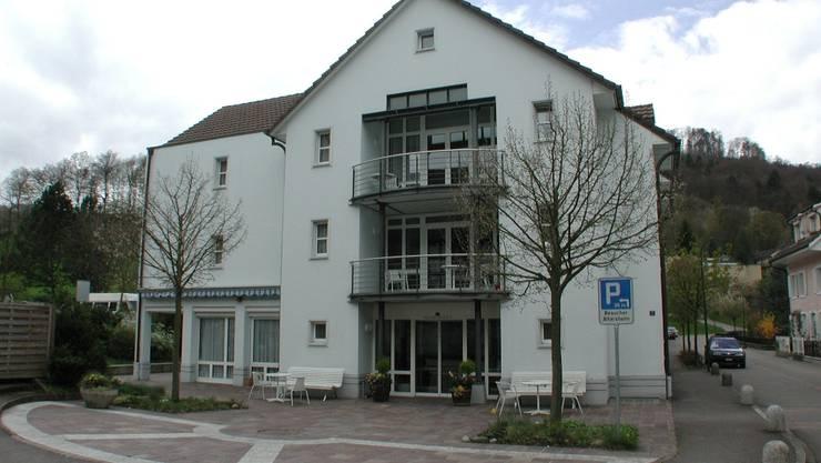 Das Altersheim Pfauen in Bad Zurzach. Ein Neubau ist geplant - nun hat die Leiterin des Heims gekündigt.