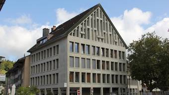 In den drei Obergeschossen an der Schulthess-Allee 1 in Brugg befinden sich die Büros der Sozialen Dienstleistungen.