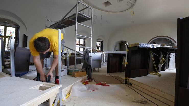 Der Werkhof der Stadt Olten zieht jetzt nach. So kostet ein Handwerker I/Gärtner I statt Fr. 79.50 nun 90 Franken pro Stunde. (Symbolbild)