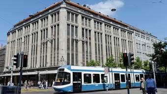 Manor kämpft für den Erhalt seines Warenhauses – die Swiss Life hat andere Pläne mit dem Gebäude. key