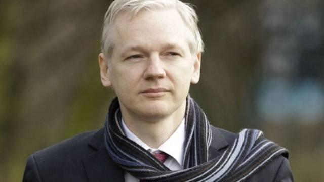 Der Wikileaks-Gründer Julian Assange wird der Vergewaltigung verdächtigt - Schweden verlangt deshalb seine Auslieferung (Archiv)