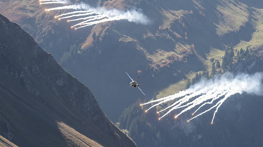 Fliegerschiessen auf der Berner Axalp fällt Corona zum Opfer