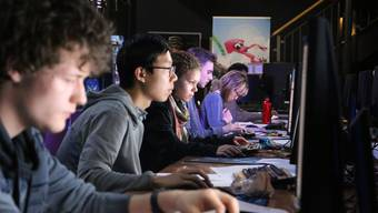 Aargauer gewinnt Informatik-Wettbewerb