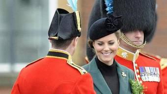 Gemäss den Aussagen eines Soldaten wünscht sich Kate einen Sohn