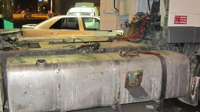 In diesem Tank war das Haschisch versteckt (Bild: Eidgenössische Zollverwaltung)