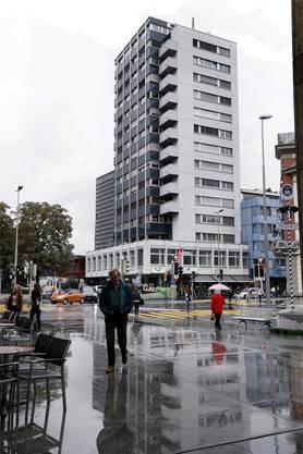 Das Hochhaus an der Baarerstrasse 43: Hier war das Domizil der Firma i Finance Management