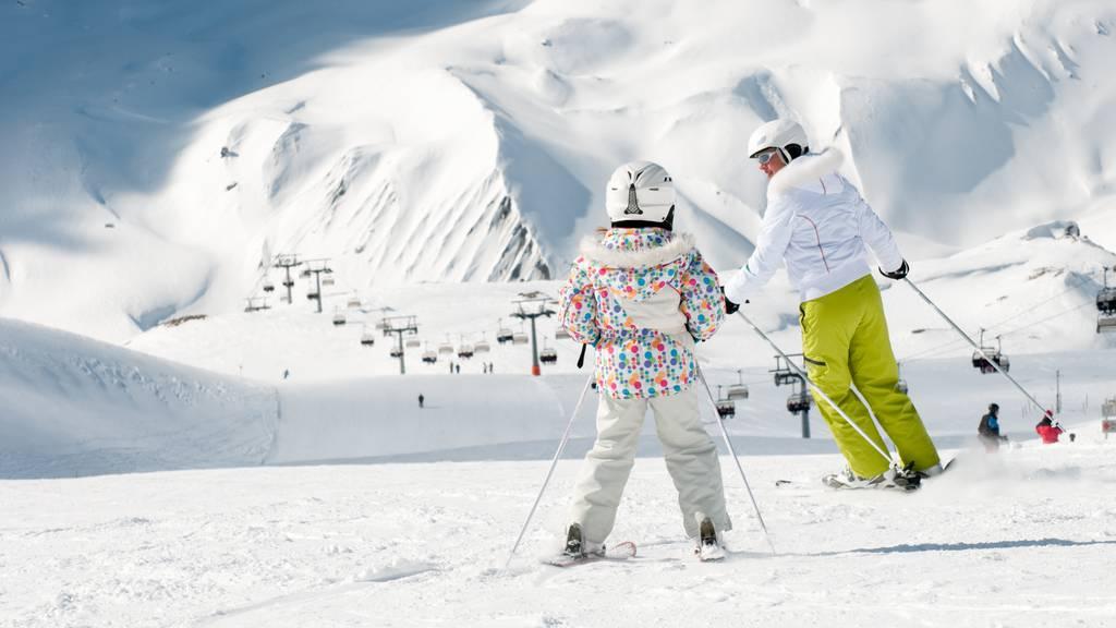 Trotz Lockdown: Schweizer buchen Skiferien in Österreich