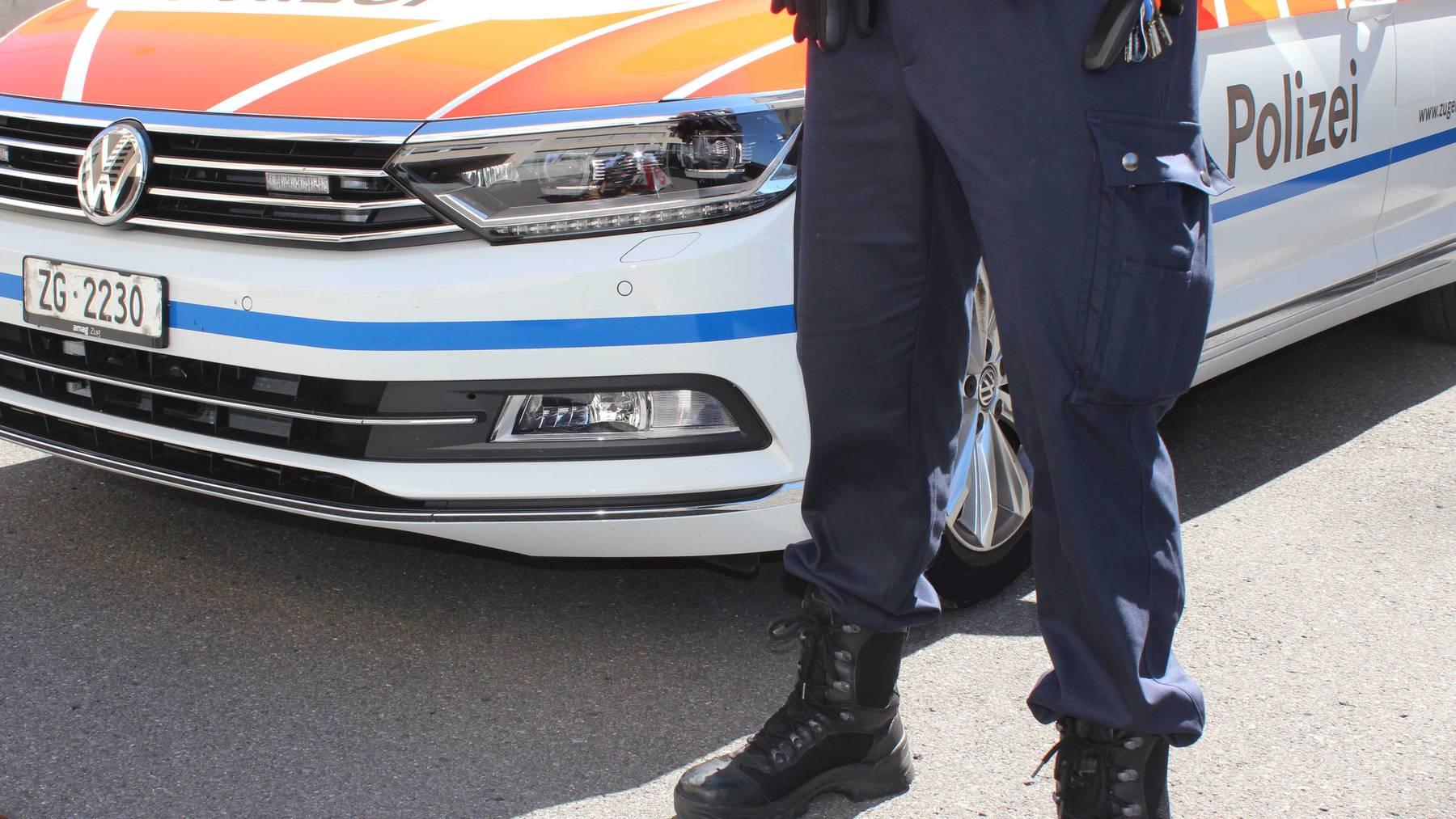 Baar: Töfffahrer ohne Führerausweis und mit gestohlenem Kontrollschild