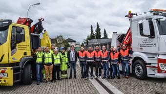 Die Abschlepp-Profis von Lindenmann und Gratwohl: Sie sind Tag und Nacht unterwegs, wenn es darum geht, Unfall- oder Pannenfahrzeuge zu bergen. Fotos: Toni Widmer