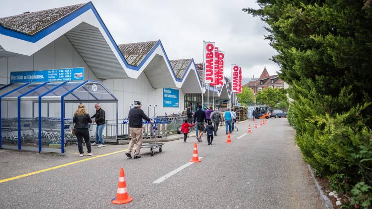 Die Nachfrage nach Gartenprodukten war in der Jumbo Filiale in Solothurn hoch