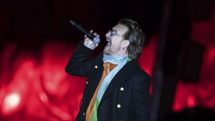 Bono am Samstag auf einem Openair-Konzert auf dem Trafalgar Square. Er rief seine Fans zu mehr politischem Engagement auf.