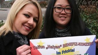 Laarni Dünneisen (rechts) und Stephanie Frischknecht organisieren das Benefizkonzert in Sisseln am 4. Januar. psc