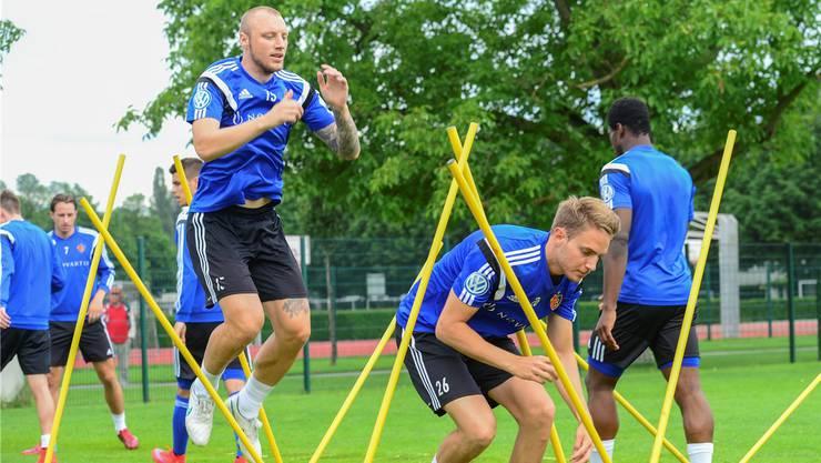 Schuften für das Comeback: Ivan Ivanov bei Sprungübungen.