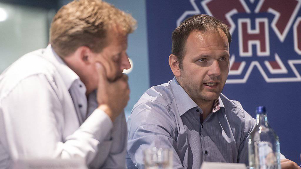 Nach der Verpflichtung des Amerikaner Davis Moss (33) können Biels Sportchef Martin Steinegger (links) und Trainer Kevin Schläfper (rechts) auf den Ausländerpositionen wieder aus dem vollen Schöpfen