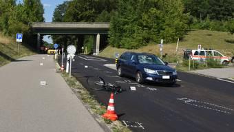 Auf der Bülachstrasse in Oberglatt kam es am Dienstagnachmittag zu einem schweren Unfall.