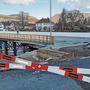 Warum stockt es bei der Kettenbrücke?
