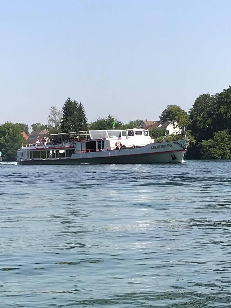 Kursschiffe der Schifffahrtsgesellschaft Untersee und Rhein (URh) verkehren auf dem Hochrhein. (Bild: Samuel Koch