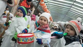 Jungchessler läuten fünfte Jahreszeit im Thal-Gäu ein