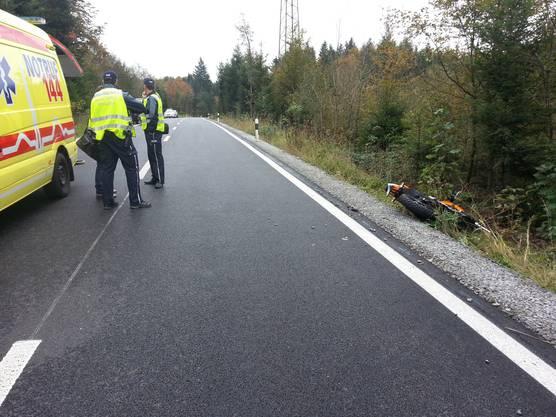 Die Hauptstrasse zwischen Gretzenbach SO und Kölliken musste wegen des Unfalls für zirka zweieinhalb Stunden gesperrt werden.