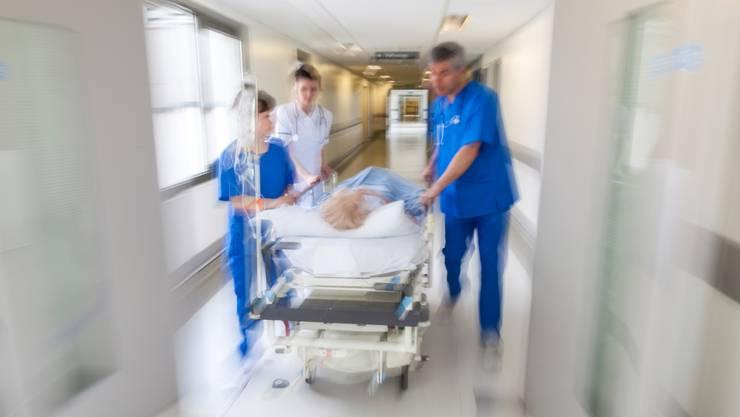 Wann ist ein Notfall ein Notfall? Nicht immer ist der Fall klar. Ärzte und Krankenkassen kommen zuweilen zu einem anderen Schluss.