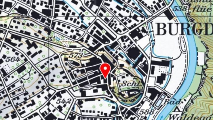 In der Burgdorfer Altstadt ist am Dienstagabend ein Mann leblos in einer Wohnung gefunden worden. Die Polizei geht von einem Tötungsdelikt aus.