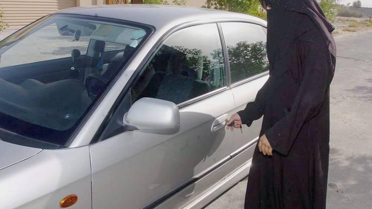 Ab Juni dürfen in Saudi-Arabien auch Frauen Auto und Motorradfahren sowie Lastwagen steuern. (Symbolbild)