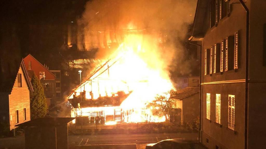 Der Merenschwander Dezember-Brandstifter von 2019 wird zu einer stationären Suchtbehandlung verurteilt