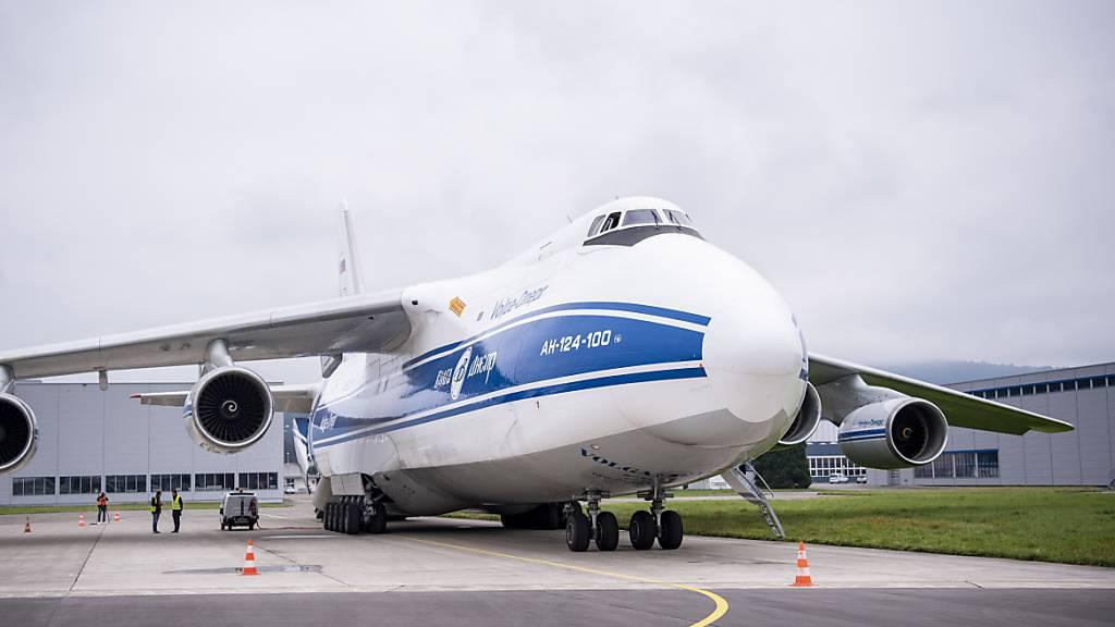 Die besten Bilder und Videos der Antonow