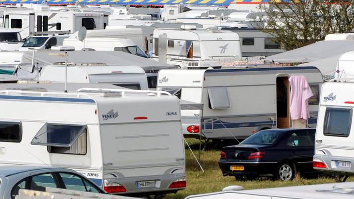 Viele Wohnwagen und viel Betrieb auf den Campingplätzen am letzten Wochenende. (Symbolbild)