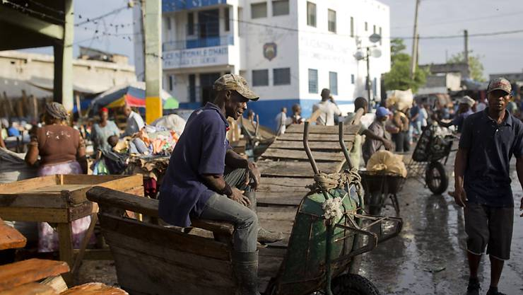 Der völlig verarmte Karibikstaat Haiti ist am Samstagabend erneut von einem Erdbeben heimgesucht worden. (Archivbild)
