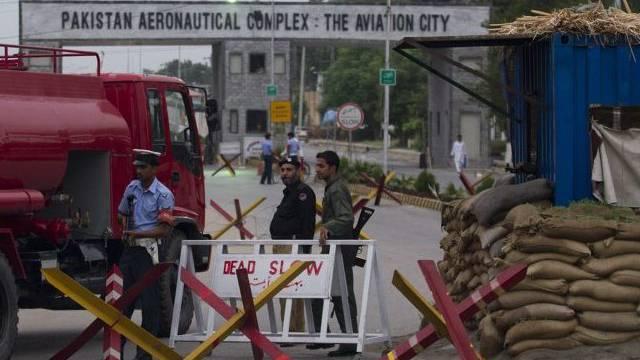 Der pakistanische Luftwaffenstützpunkt wird nach dem Angriff streng bewacht