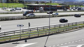 Blick auf die östliche Seite der Autobahnraststätte Grauholz, wo der Halbanschluss gebaut würde. (Archivbild)