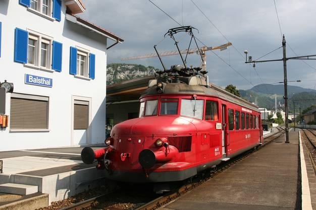 Der Rote Pfeil hat am Kulturtag Eisenbahn-Freunde von weit her an den Kulturtag gelockt.