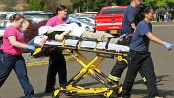 Amoklauf in College an US-Ostküste: Mindestens 10 Menschen sterben.