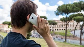Wer in Rom telefonieren will, tut gut daran, vorgängig eine Roaming-Option abgeschlossen zu haben.
