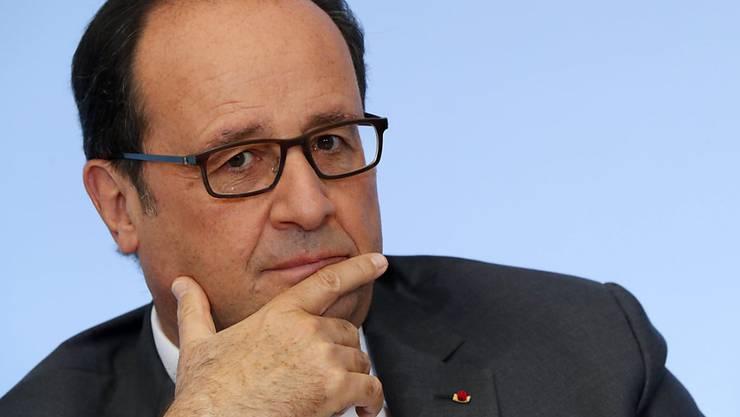 Hollande steht immer mehr alleine da: Oberste Vertreter von Gerichten und der Staatsanwaltschaft fühlten sich brüskiert von Aussagen des Präsidenten.